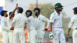 India Eye Win as 20 Wickets Fall on Day 2